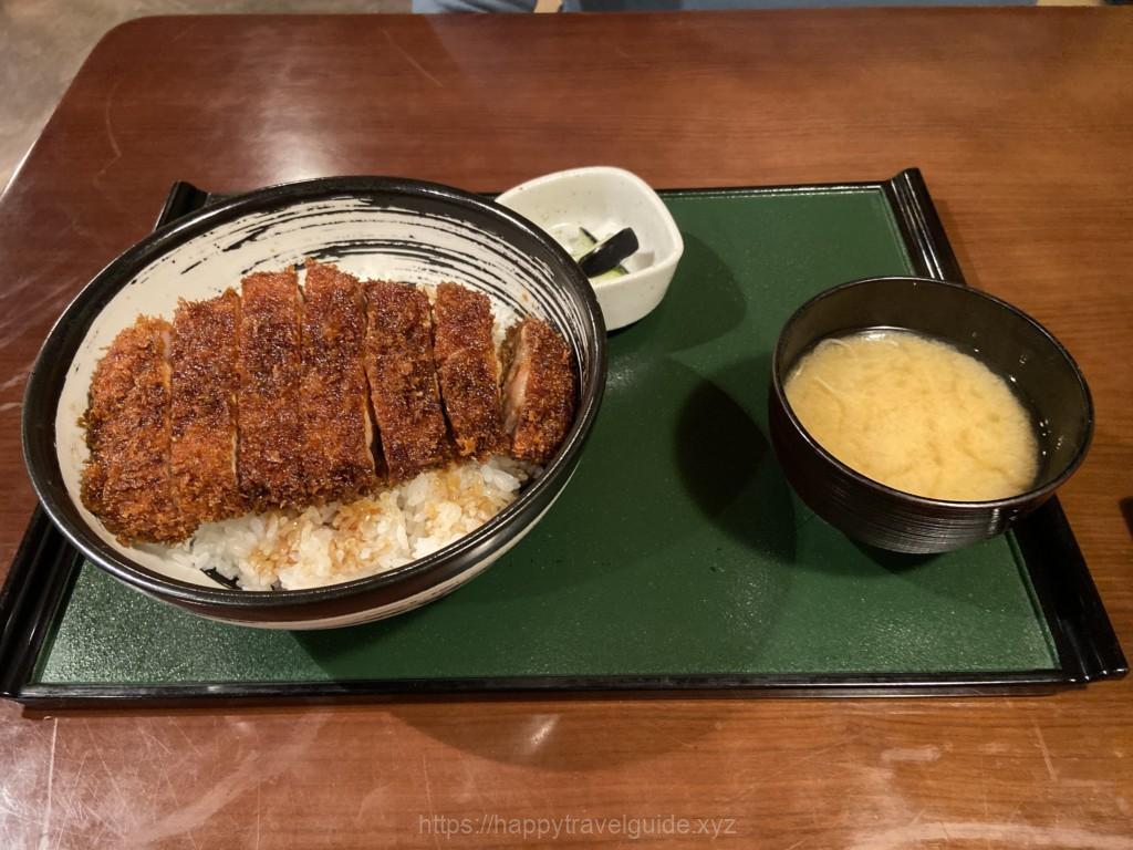 ソーストンカツ丼 定食 三番人気