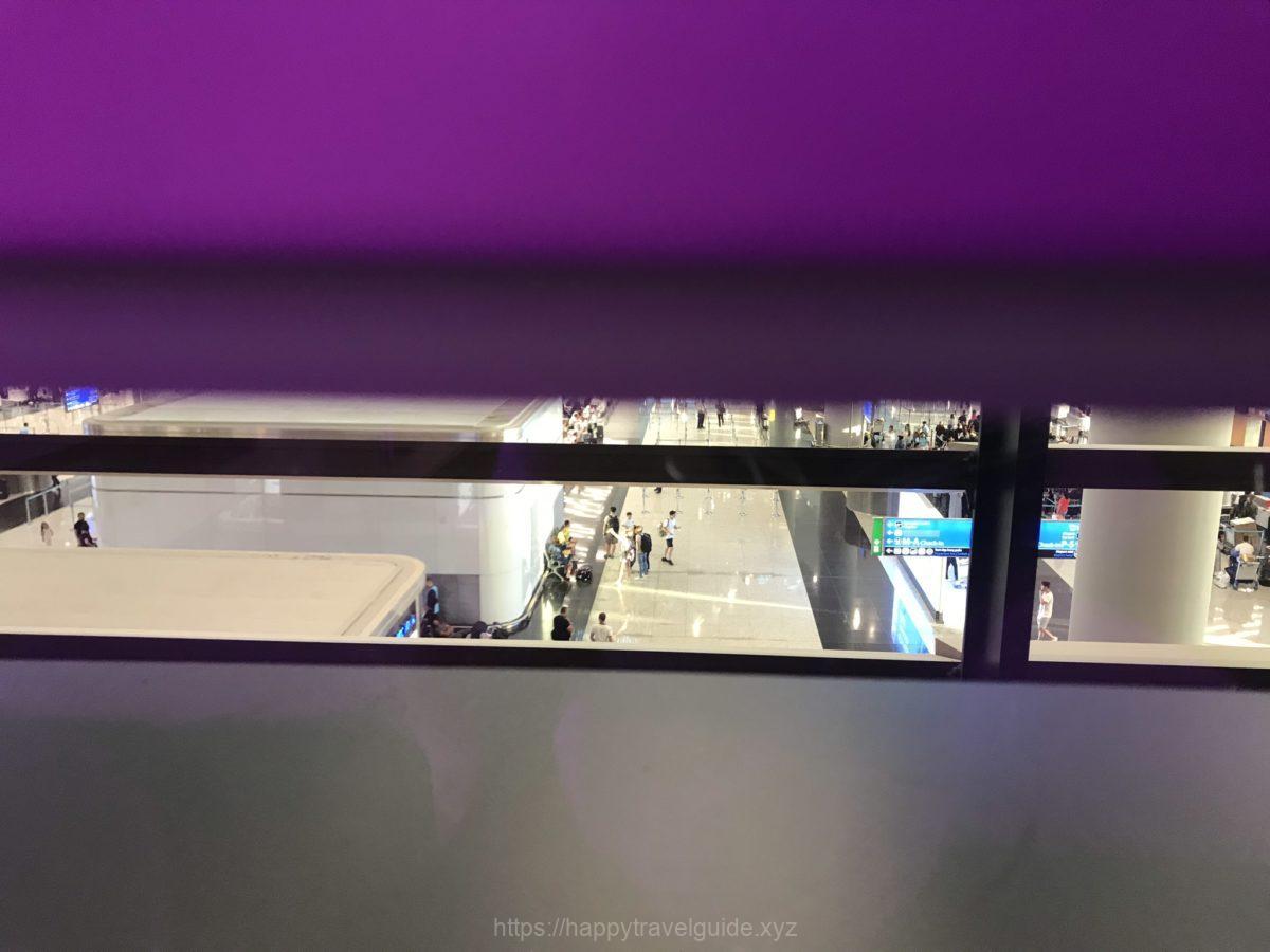 空港を見下ろす