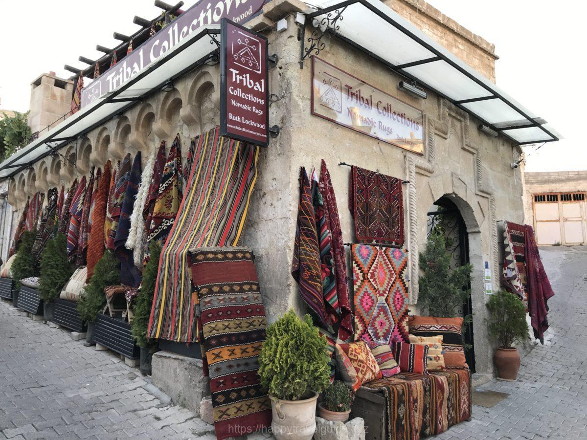 トルコ絨毯とキリムのショッピング